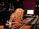 Courtney Love nu a reusit sa distruga casnicia lui Gwen Stefani