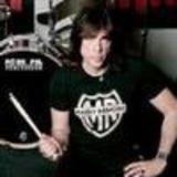 Filmari de la tributul Ramones pe METALHEAD