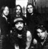 O carte biografica Dream Theater scrisa     de un fan