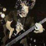 Fostul basist Faith No More intr-un videoclip