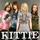 Soil le insotesc pe Kittie in turneu