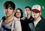 Noul videoclip Fall Out Boy, Headfirst Slide Into Coopestown On A Bad Be, disponibil pe METALHEAD