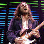 Ofcial: John Frusciante a parasit Red Hot Chili Peppers