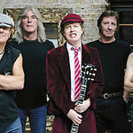 AC/DC sunt cap de afis la Download 2010?