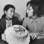 Joko Ono va scrie o carte despre relatia alaturi de John Lennon