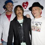 Red Hot Chili Peppers au debutat in noua componenta (video)
