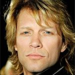 Canta alaturi de Bon Jovi (Video)