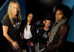 Alice In Chains au fost intervievati in California (video)