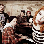 Urmariti noul videoclip Paramore, The Only Exception