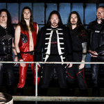 Hammerfall in duel cu echipa suedeza de curling (video)