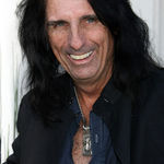Alice Cooper este invitat pe noul album Damon Johnson