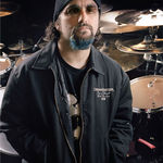 O zi din viata lui Mike Portnoy, tobosarul Dream Theater (video)