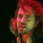 Pearl Jam planteaza copaci in valoare de 200.000 de dolari