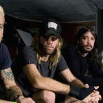 Tobosarul Foo Fighters lanseaza un album solo