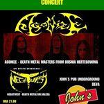 Negativist canta in deschiderea concertului Agonize din Deva