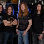 Urmariti noul videoclip Megadeth, The Right To Go Insane