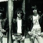 Criminalul managerului Ramones a fost condamnat la inchisoare