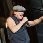AC/DC la Bucuresti: Whole Lotta Rocking