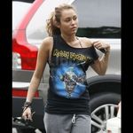 Miley Cyrus este in continuare fana Iron Maiden