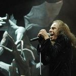 Poze si filmari de la comemorarea lui Ronnie James Dio