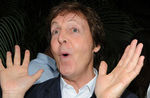 Paul McCartney a cantat serenade la Casa Alba