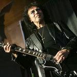 Chitara lui Tony Iommi a fost furata in Anglia