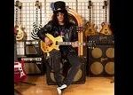 Slash a fost intervievat in Singapore (video)
