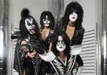 Kiss au fost inclusi in Mohegan Sun's Walk Of Fame (video)