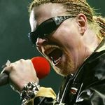 Guns N Roses au intarziat din nou. Englezii le-au taiat sunetul (video)