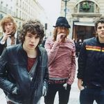 The Kooks sustin un concert tribut pentru Ou Est Le Swimming Pool