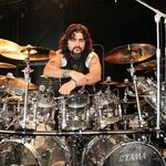 In apararea lui Mike Portnoy
