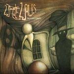 Asculta fragmente de pe albumul de debut White Walls
