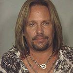 Vince Neil este din nou chemat la tribunal