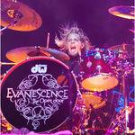 Evanescence: Noile piese suna extraordinar