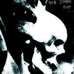 Zombie lucreaza la un film foarte infricosator