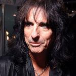 Slash despre Alice Cooper: Este cel mai bun