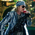 Guns N' Roses intarzie din nou 90 de minute la concert (video)