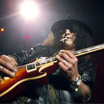 Slash crede in posibilitatea reunirii originalului Guns N Roses