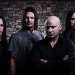 Solistul Disturbed s-a intors pe scena