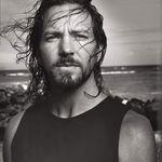 Solistul Pearl Jam sustine un turneu solo