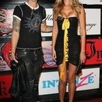Duff McKagan a tras cocaina echivalenta cu greutatea corpului sau