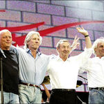 Pink Floyd semneaza din nou cu EMI Records