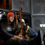 Bumblefoot vorbeste despre echipament muzical (video)