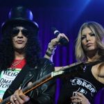 Slash este multumit de concertul Super Bowl. Muzicienii sunt de alta parere