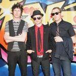 Sum 41 promit un album mai intunecat