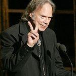 Neil Young a castigat Grammy-ul pentru Best Rock Song
