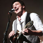 Mumford And Sons au castigat la Brit Awards (video)