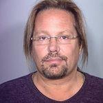 Vince Neil se va afla 15 zile in Centrul de Detentie