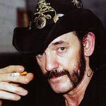 Lemmy: Orice chitarist devine mai bun cand e mort