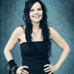 Solista Nightwish si-a rupt cateva coaste in urma unui accident